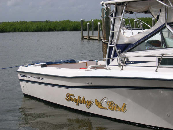 Custom graphics with custom boat lettering